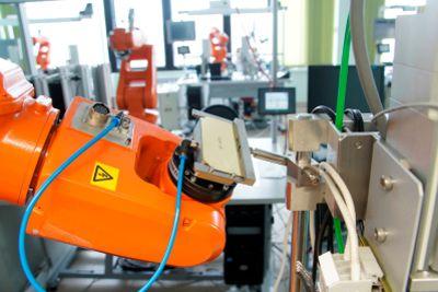 Автоматизированное оборудование для изготовления и квалификационных испытаний солнечных батарей нового поколения